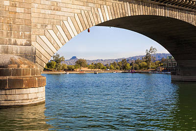 Photograph - London Bridge At Lake Havasu City by Fred Larson