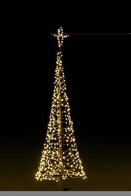 Digital Art - London Bridge Christmas Tree by Georgianne Giese