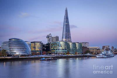 Photograph - London - City Hall by Brian Jannsen