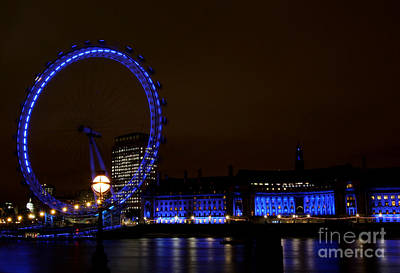 Photograph - London Eye At Twilight by Heidi Hermes