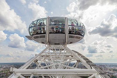 Photograph - London Eye by Brian Grzelewski