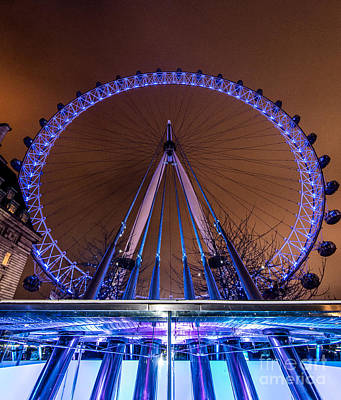 London Eye Supports Art Print