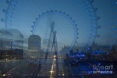 London Eye Digital Art - London Eye Zoom Burst by Donald Davis