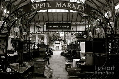 Photograph - London Market by David Warrington