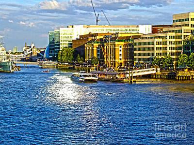 London River Thames Art Print