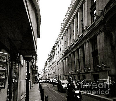 Photograph - London Street by Anita Lewis
