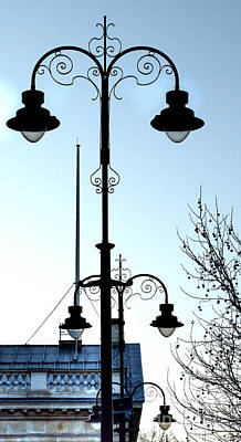 Photograph - London Streetlamps by Deborah Smolinske