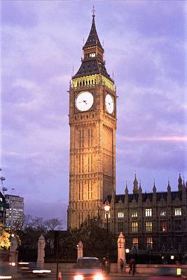 Photograph - London Time by Lucia Vicari