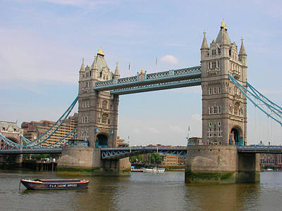 London's Tower Bridge Art Print