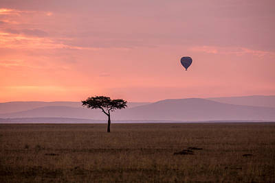 Lone Balloon Over The Masai Mara Art Print