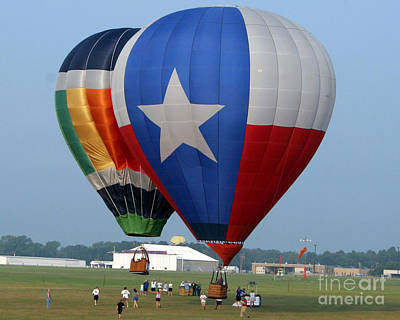 Hot Air Balloon Race Photograph - Lone Star Pride by Paul Anderson