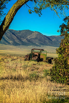 Photograph - Lonesome Truck by Robert Bales