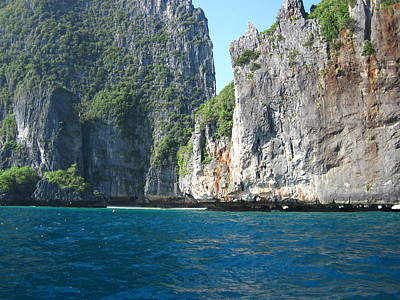 Long Boat Tour - Phi Phi Island - 011324 Art Print by DC Photographer