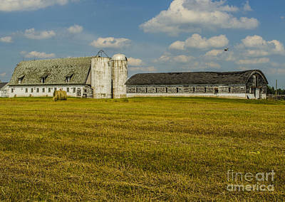 Photograph - Long White Barn Crivitz Wisconsin by Deborah Smolinske