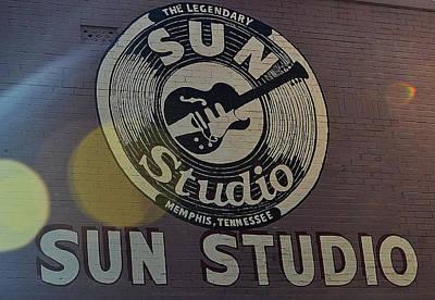 Looking At The Sun Art Print by Joe Bledsoe