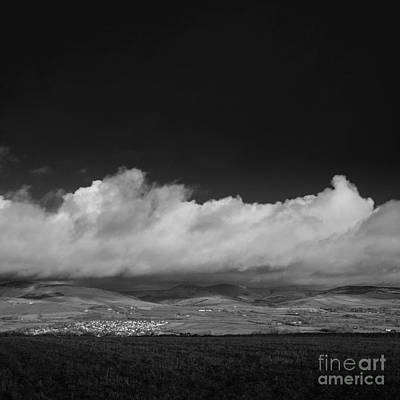 Photograph - Looking North by Paul Davenport