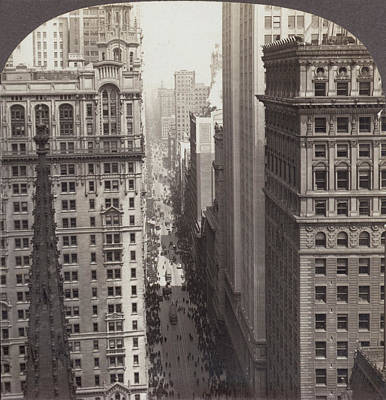 Looking Up Broadway In Nyc Art Print by Underwood Archives