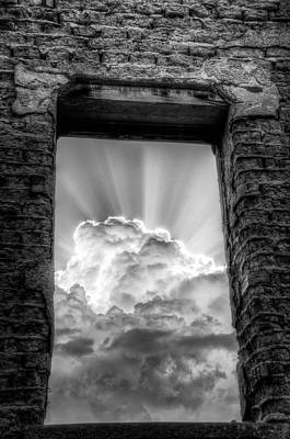 Sw New Mexico Photograph - Looking Up by Roch Hart