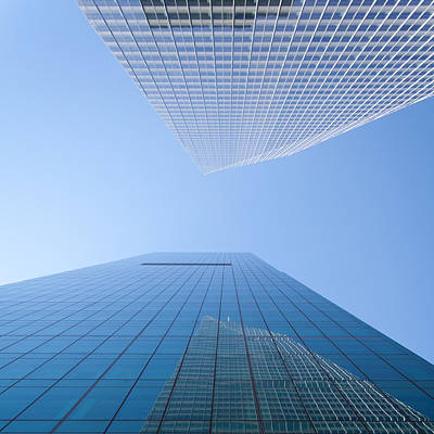 Nyc Photograph - Looking Upwards - Colored - New York City by Thomas Richter
