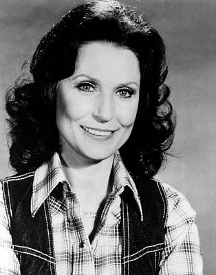 First Lady Photograph - Loretta Lynn Smiling by Retro Images Archive