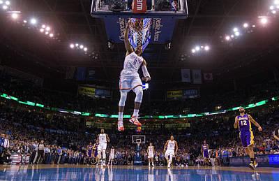 Photograph - Los Angeles Lakers Vs Oklahoma City by Richard Rowe