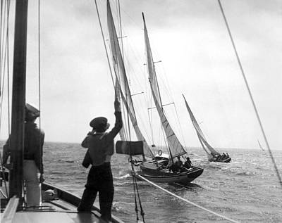 Photograph - Los Angeles Regatta Tuneup by Underwood Archives