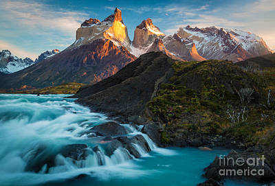 Photograph - Los Cuernos Majesty by Inge Johnsson
