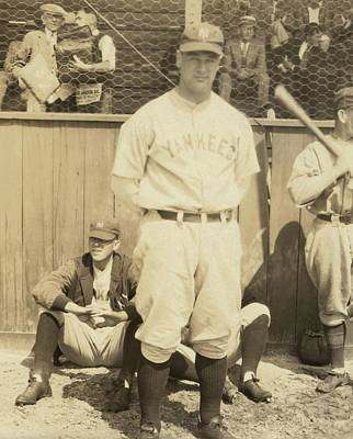 Lou Gehrig Photograph - Lou Gehrig, Famous New York Yankee by Everett