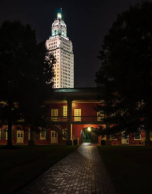 Louisiana State Capitol And Pentagon Barracks Art Print