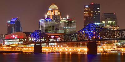 Fried Chicken Photograph - Louisville In The Distance by Frozen in Time Fine Art Photography