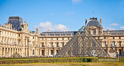 Photograph - Louvre Museum And Pyramid by Liz Leyden