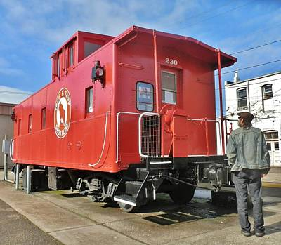 Photograph - Love A Caboose by VLee Watson