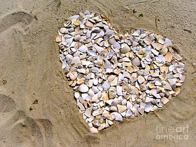 Photograph - Love At The Jersey Shore by Colleen Kammerer