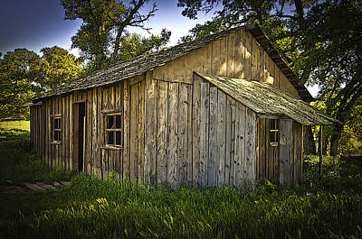 Photograph - Love Comes Softly Cabin by Sherri Meyer
