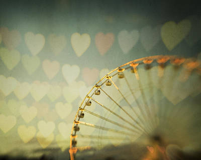 Photograph - Love Is In The Air by Irene Suchocki