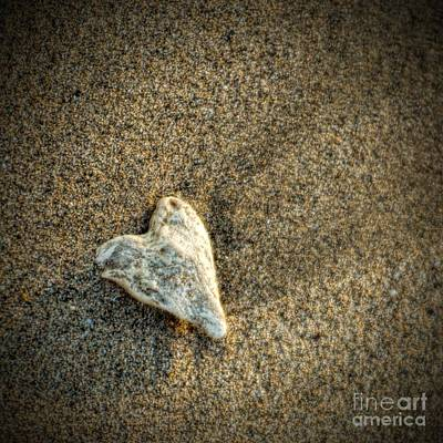 Photograph - Love On The Beach by Peggy Hughes
