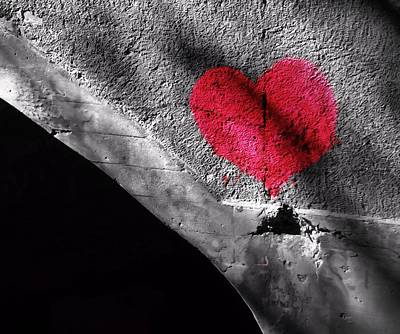 The Kiss Photograph - Love Under The Bridge by Dan Sproul