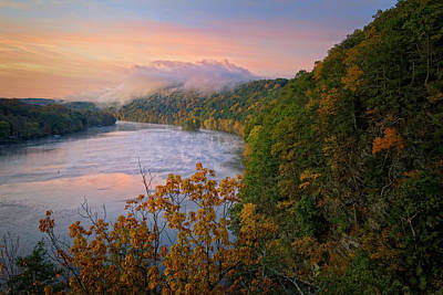 Connecticut Landscape Photograph - Lovers Leap Sunrise by Bill Wakeley
