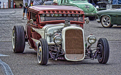 Photograph - Low And Fast by Ron Roberts