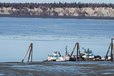Low Tide Anchorage Art Print