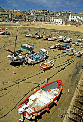 Low Tide At St Ives Cornwall Uk 1990 Art Print by David Davies