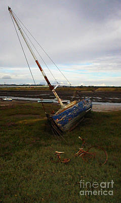 Barrow In Furness Wall Art - Photograph - Low Tide Discoveries by Malcolm Suttle