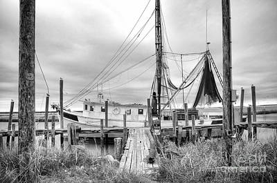 Crabbing Photograph - Lowcountry Shrimp Boat by Scott Hansen