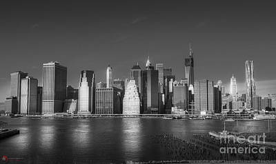 Photograph - Lower Manhattan by Rob Heath
