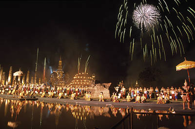 Photograph - Loy Krathong Show In Thailand by Richard Berry