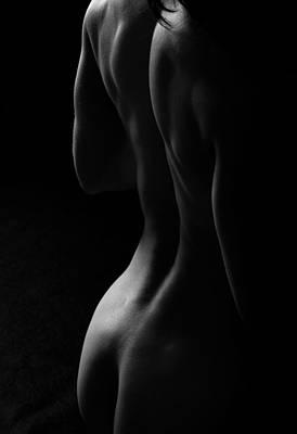 Female Body Photograph - Lr003 by Catherine Lau