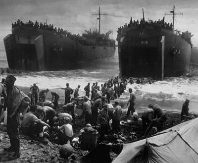 Tntar Photograph - Lsts Off Leyte Island Beach, Shortly by Everett