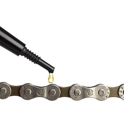 Lubricant Oil And Bicycle Chain Art Print by Science Photo Library