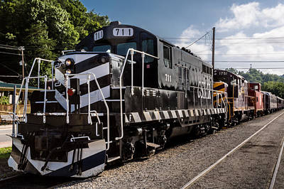 Photograph - Lucky Engine 711 by Randy Scherkenbach
