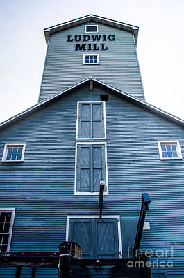 Photograph - Ludwig Mill 3 by Michael Arend